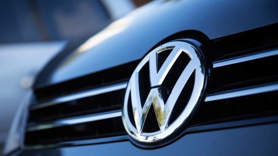 """Já dizia Leonardo da Vinci que """"a simplicidade é o último grau de  sofisticação"""", e a julgar pelo logótipo da Volkswagen, esta é uma teoria  que se aplica ..."""
