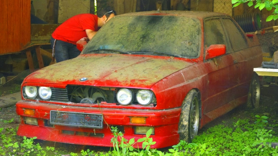 BMW M3 e30 abandonado