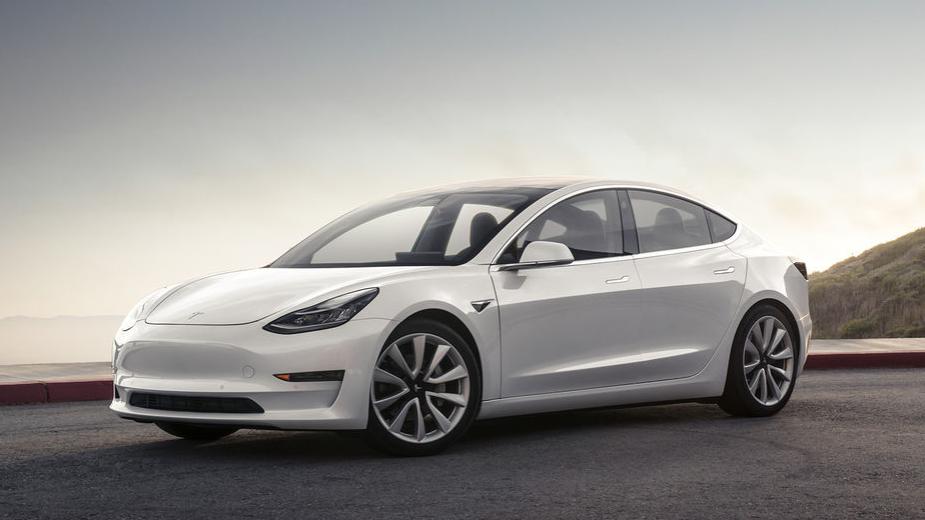 Novo carro da Tesla será entregue a partir de 28 de julho