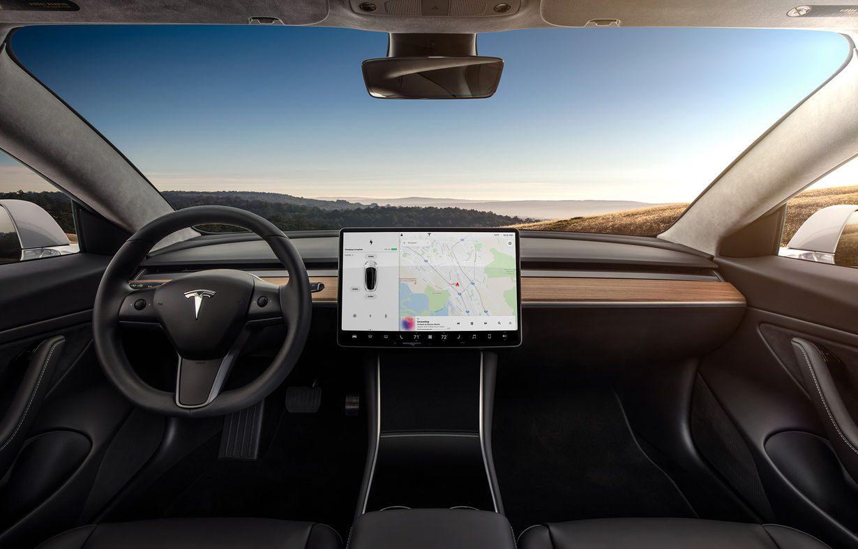 Tesla divulga vídeo do seu caminhão elétrico