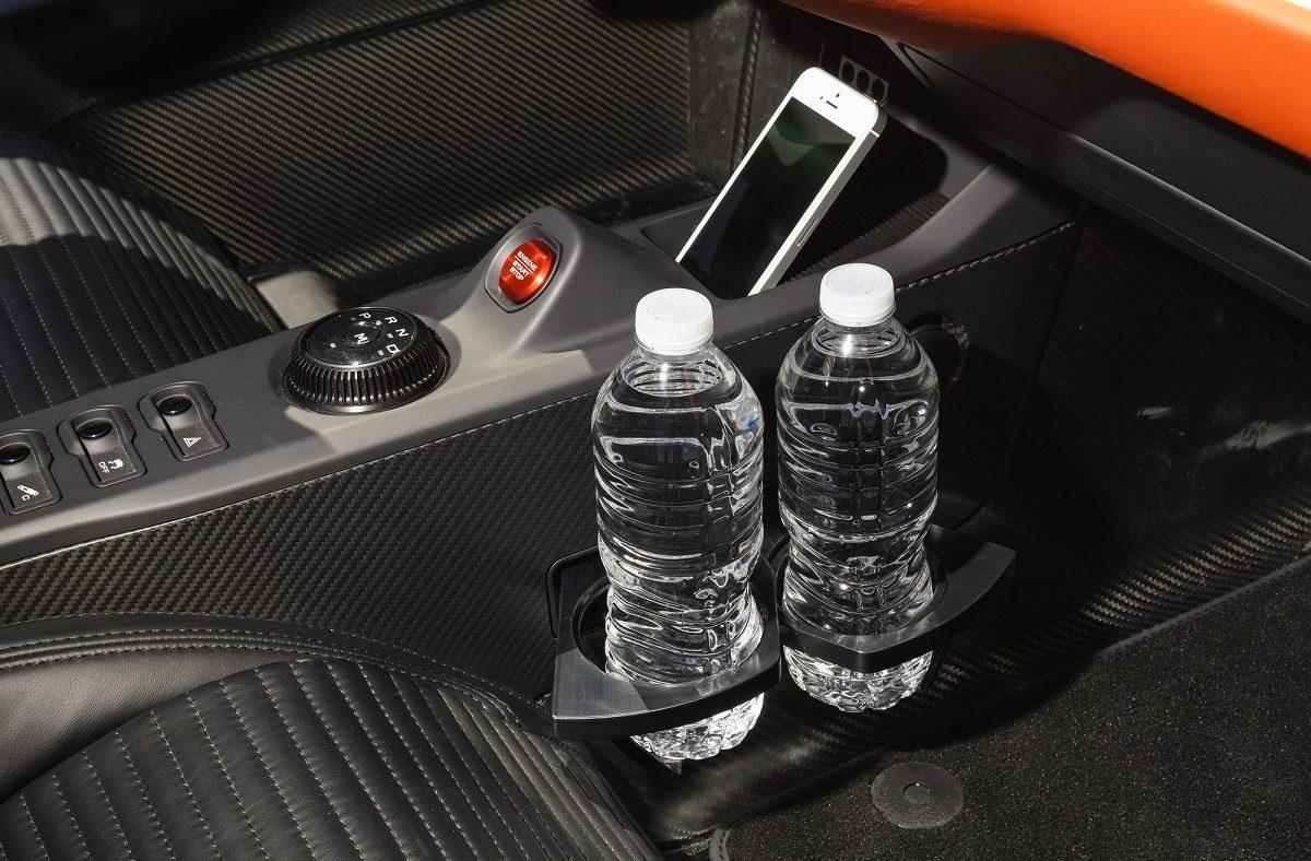 Ford GT - porta-copos