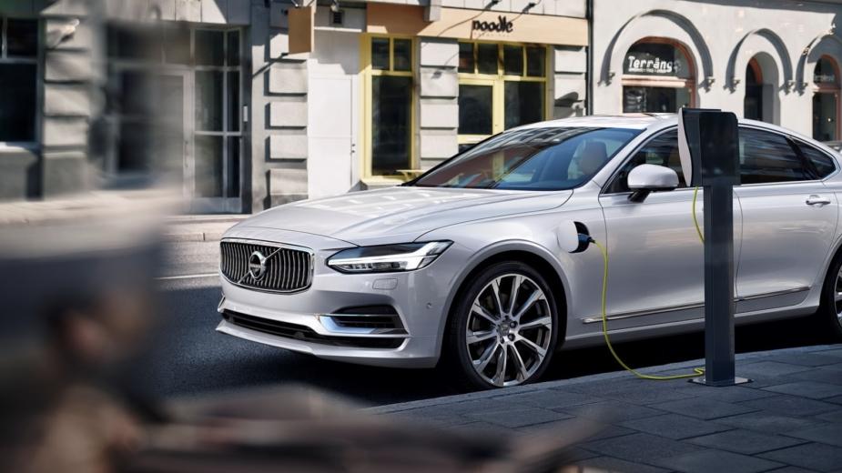 Volvo terá motores elétricos em todos os seus carros a partir de 2019