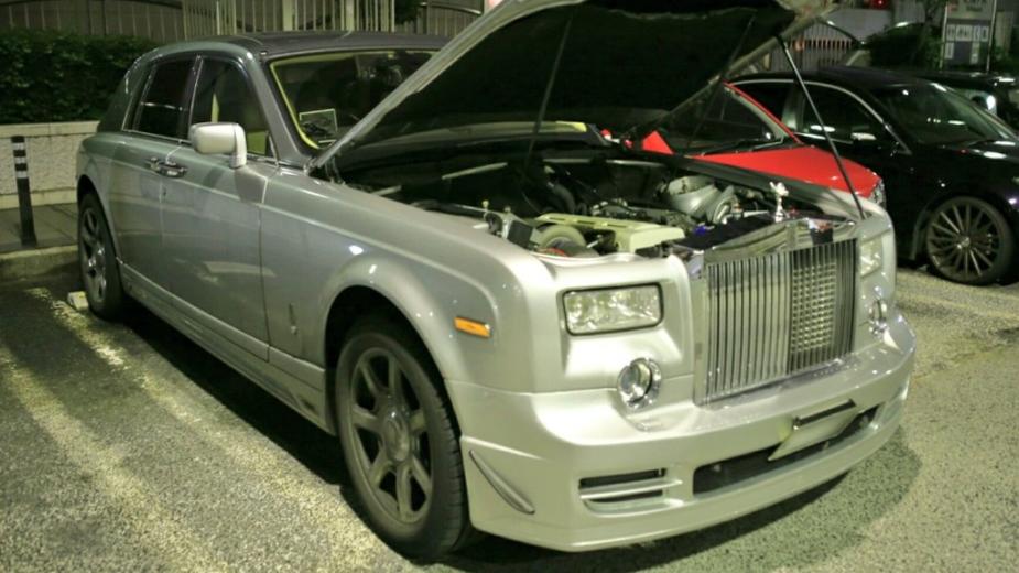 Rolls-Royce Phantom com motor 2JZ