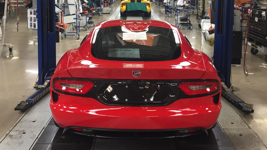 O último Dodge Viper a sair da linha de produção