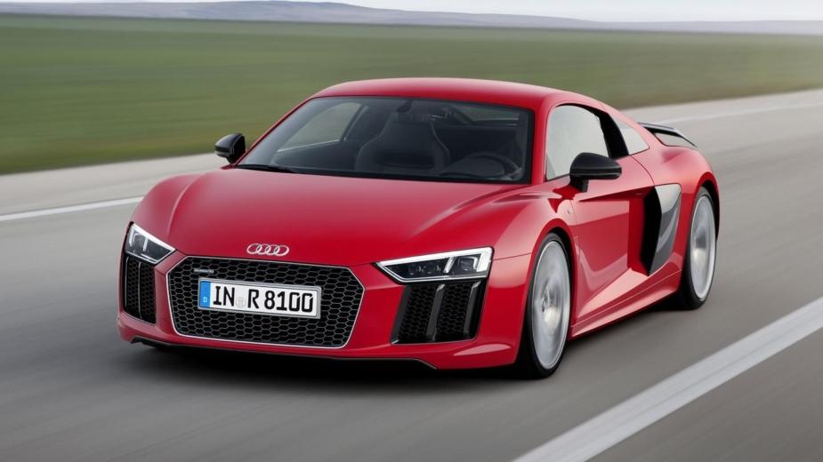 Audi apresenta novo R8 V10 RWS de tração traseira