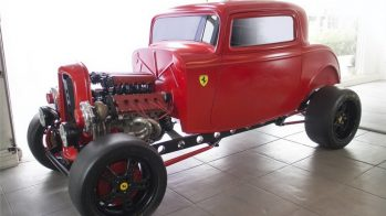 Hot Rod - Ford de 1932 com Ferrari V8 Twin Turbo