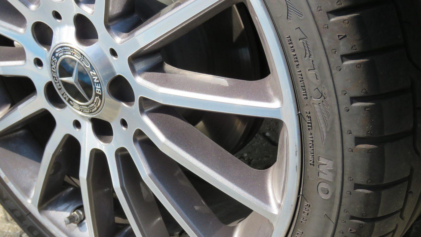 especificação pneu mercedes