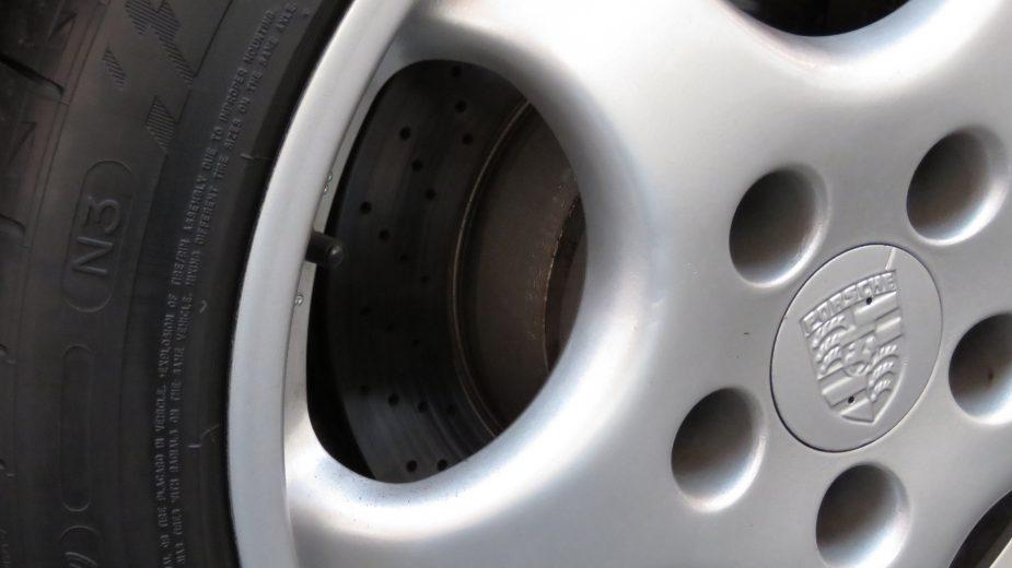 especificação pneu