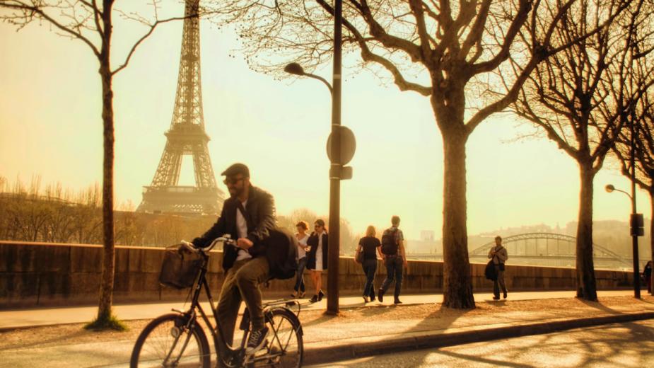 Paris quer banir motores térmicos em 2030