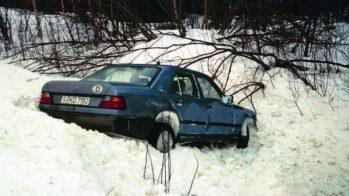 ESP - Despiste na neve de Frank Werner-Mohn, engenheiro de segurança da Daimler