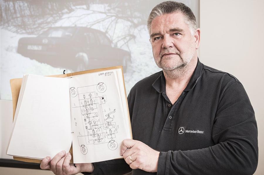 Frank Werner-Mohn com a patente para o ESP