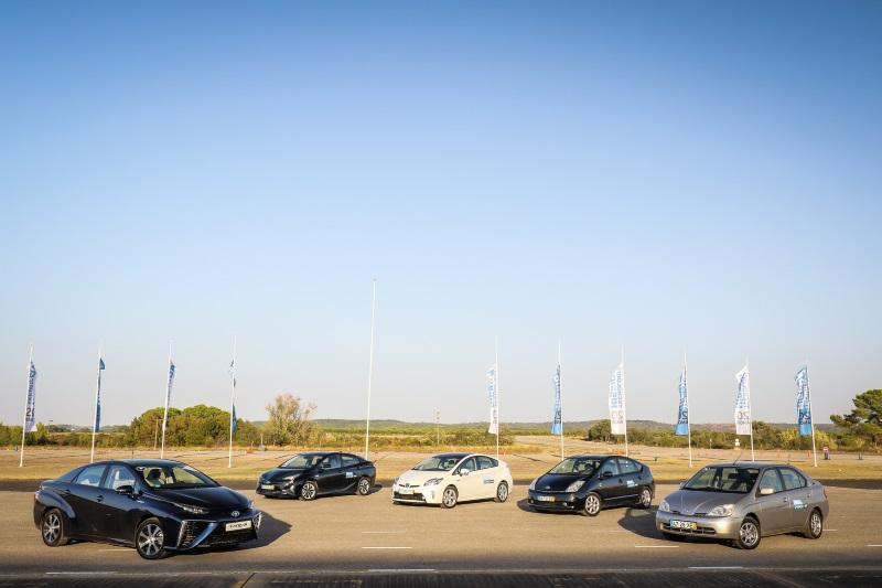 Toyota Mirai e as quatro gerações do Prius