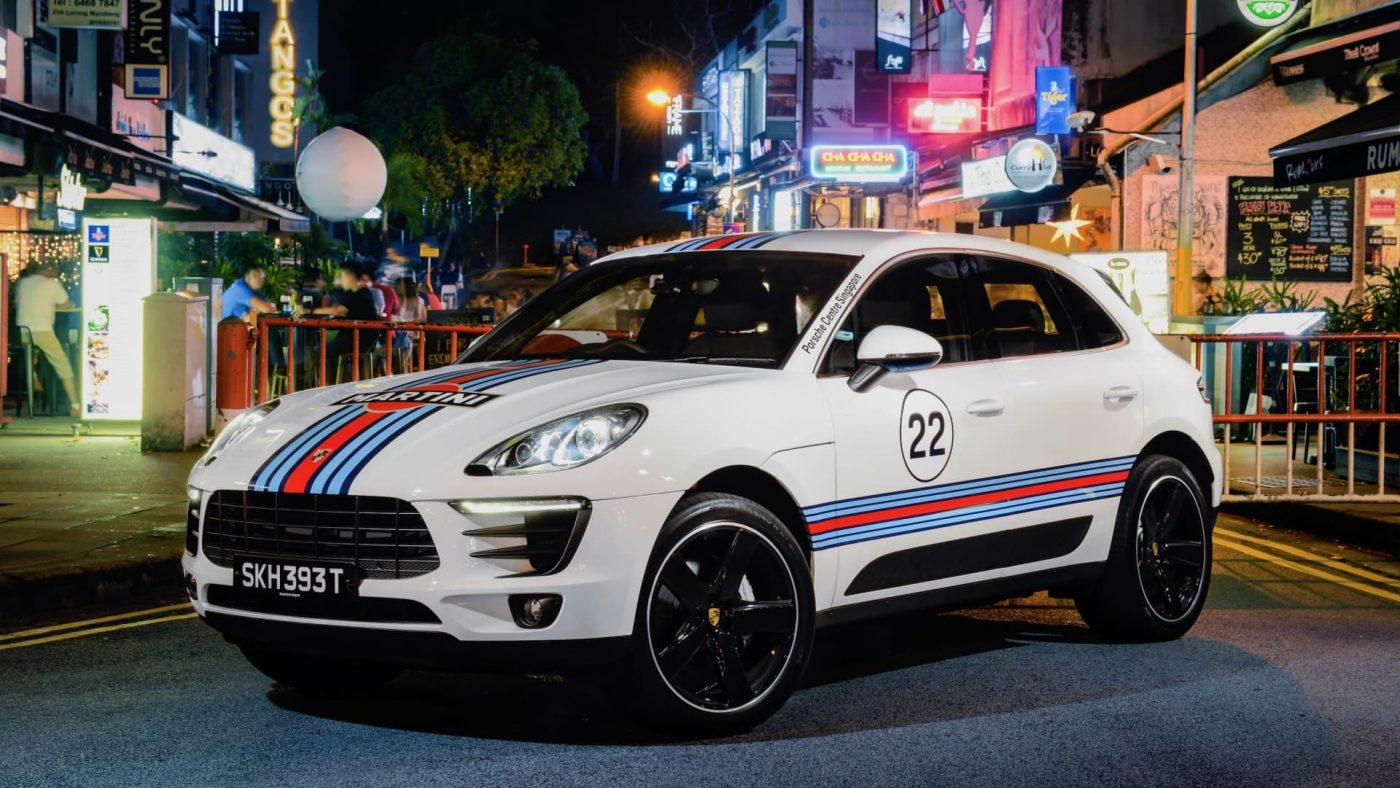 Porsche Macan Martini Racing 2017