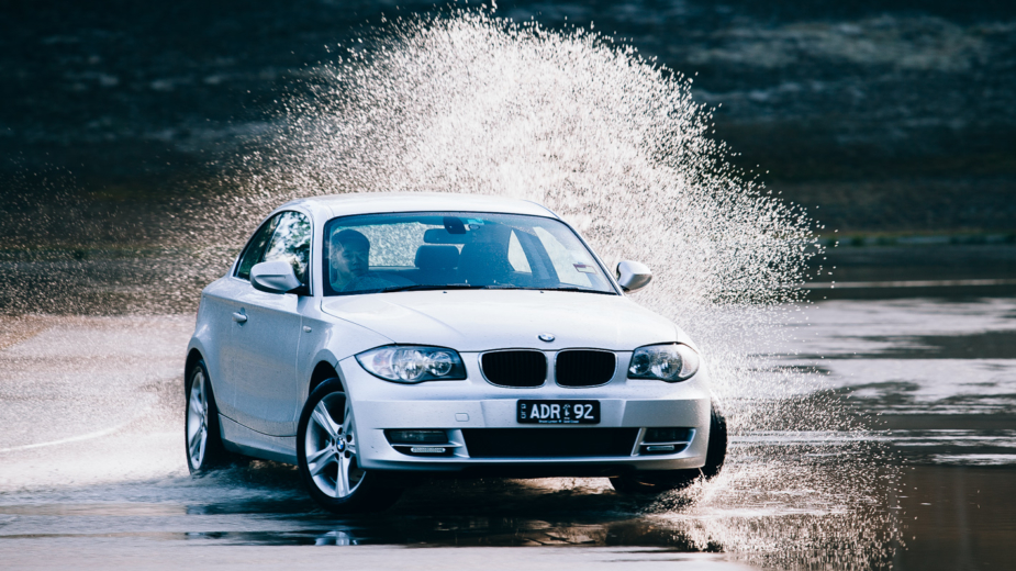Condução à chuva — BMW Série 1