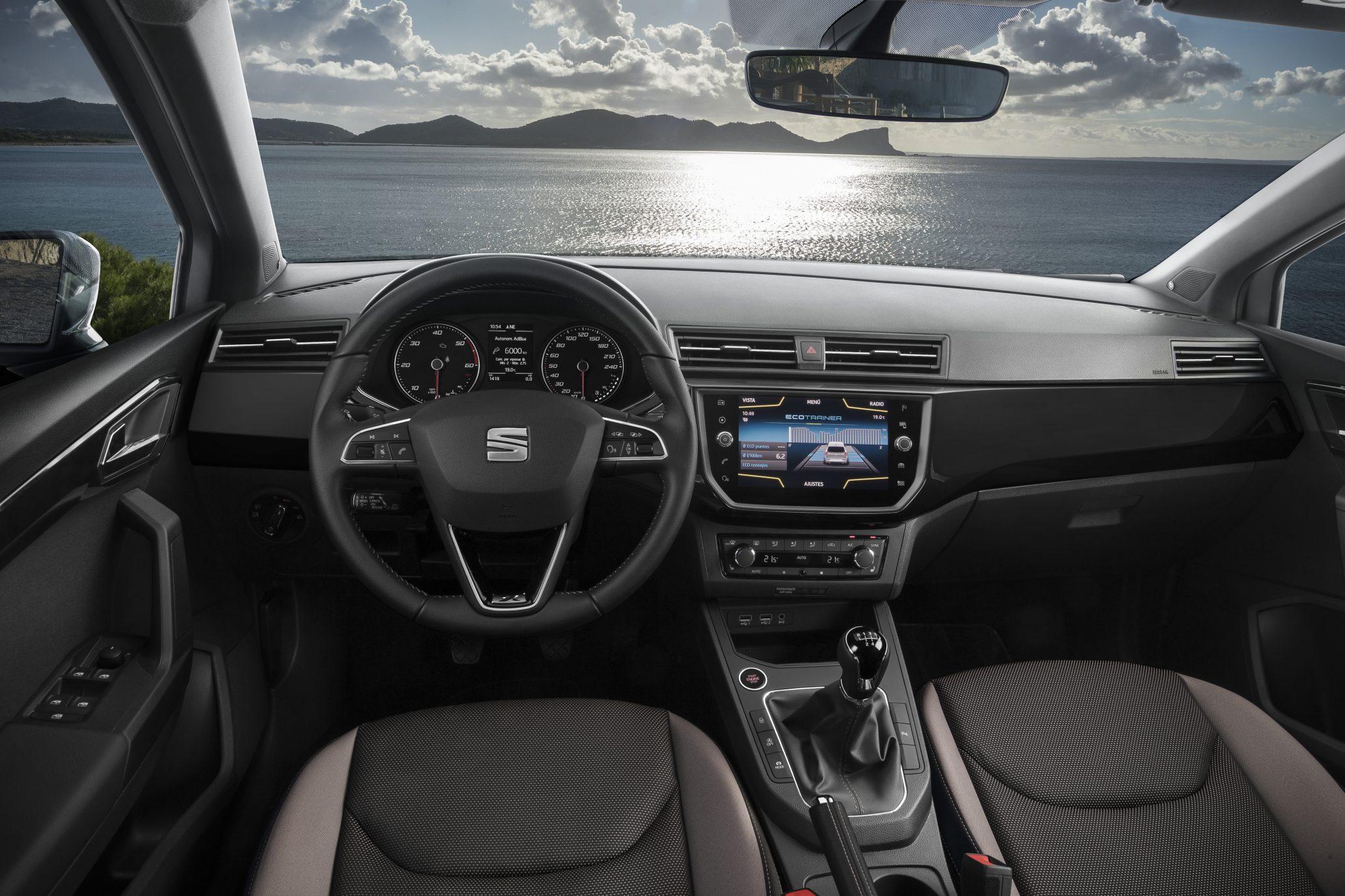 SEAT Ibiza 1.6 TDI — interior