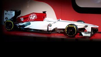 Alfa Romeo Sauber F1 Team — monolugar decorado com as novas cores