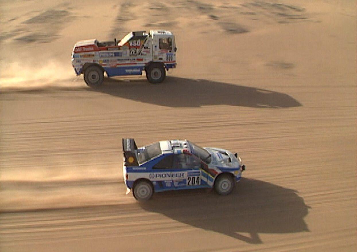 Camiões do Dakar —DAF a ultrapassar Peugeot 405 T16