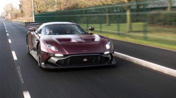 Aston Martin Vulcan, na estrada