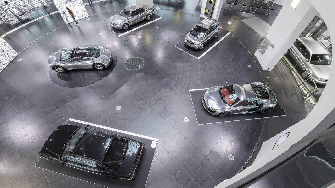 Audi Exposição Alumínio 2017