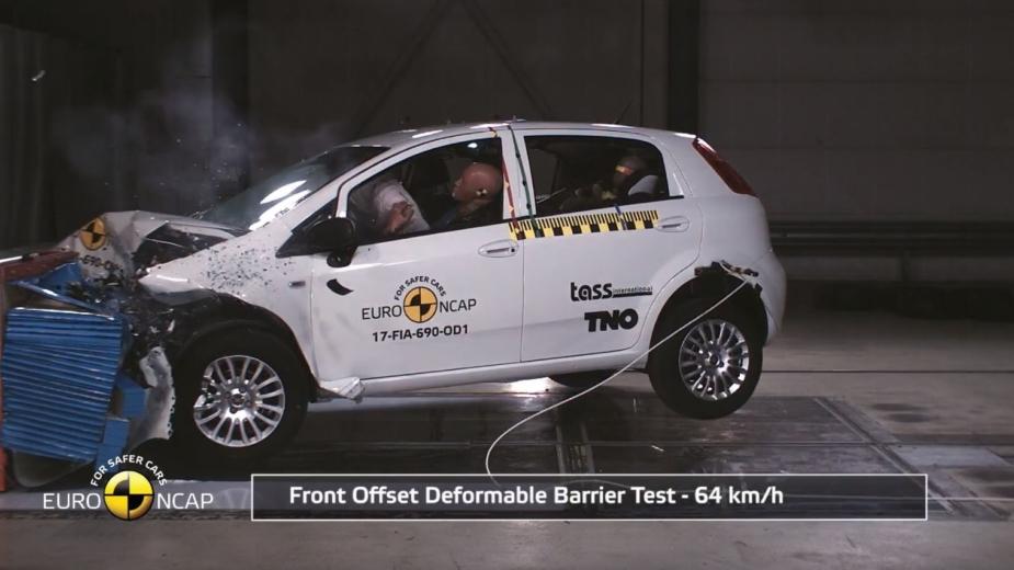 Fiat Punto —zero estrelas no Euro NCAP