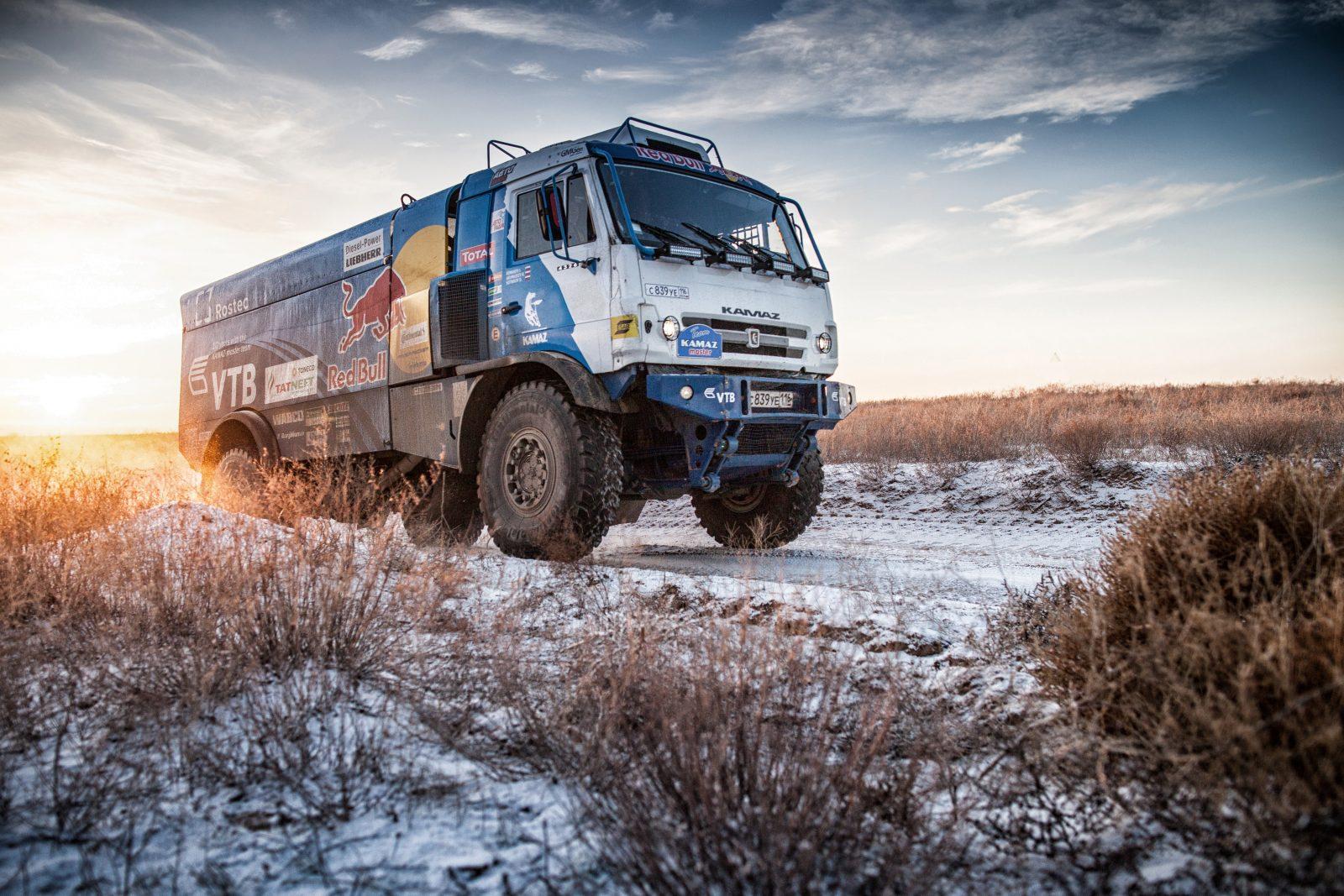 camiões T4 do dakar — Kamaz