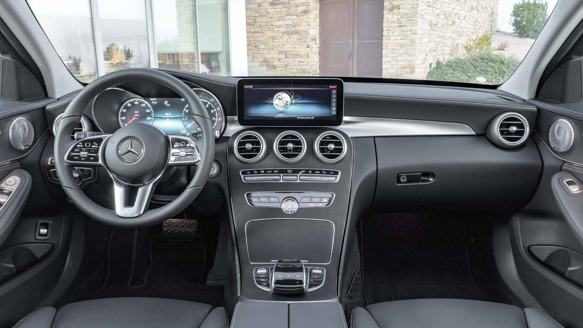 Mercedes-Benz Classe C — interior