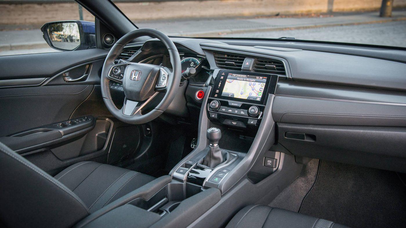 Honda Civic 1.6 i-DTEC — interior