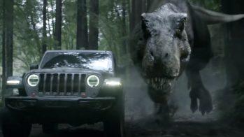 Super Bowl — Jeep Wrangler e Parque Jurássico