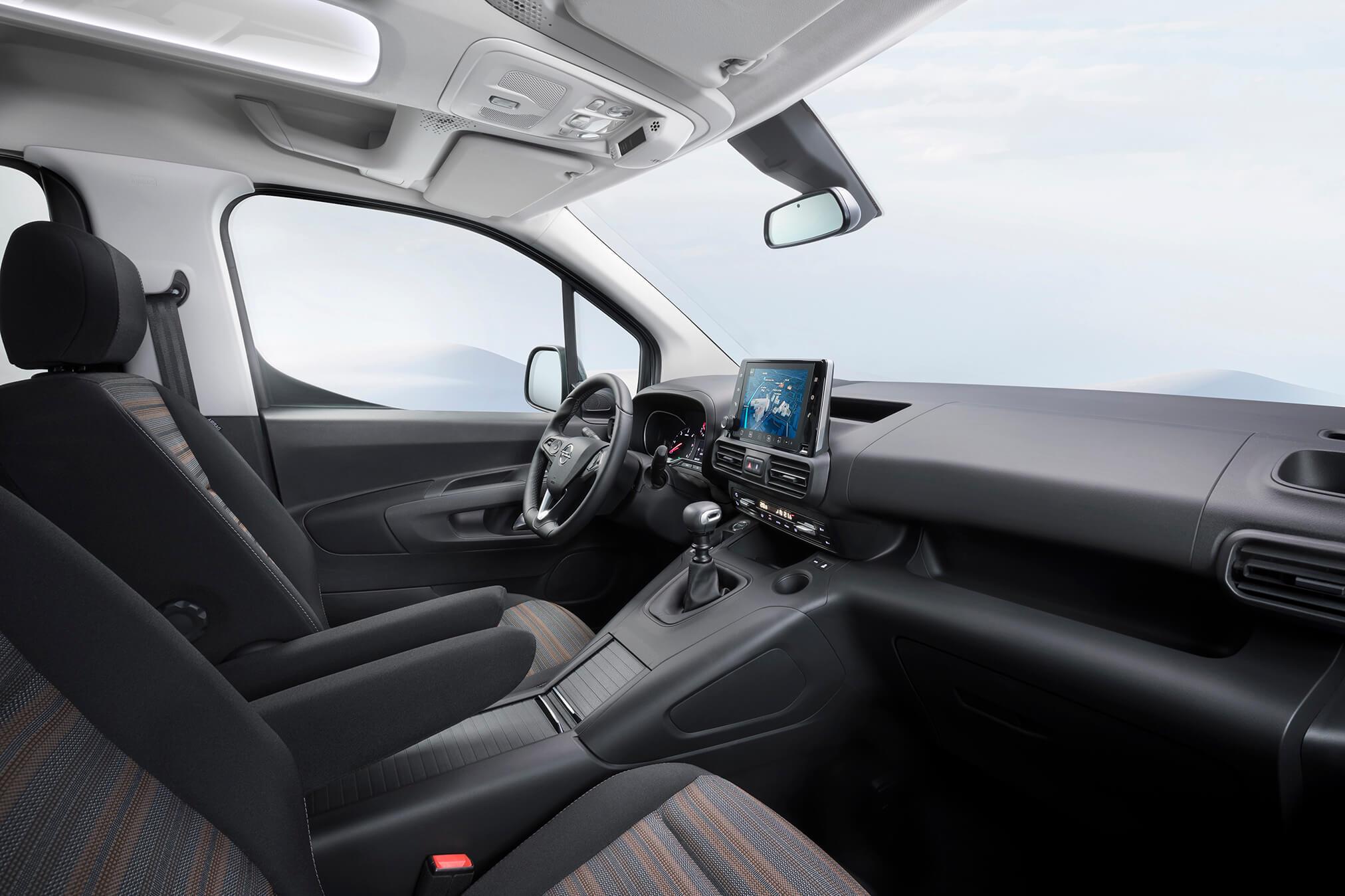 Opel Combo Life — interior