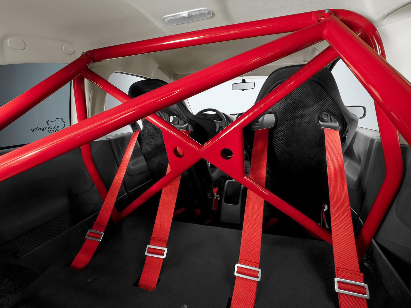 Renault Megane RS R26.R com roll cage