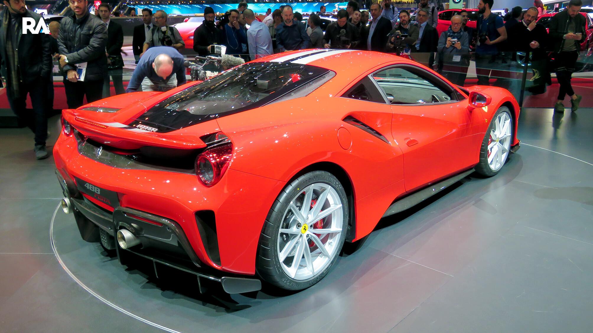Ferrari_488_Pista_1