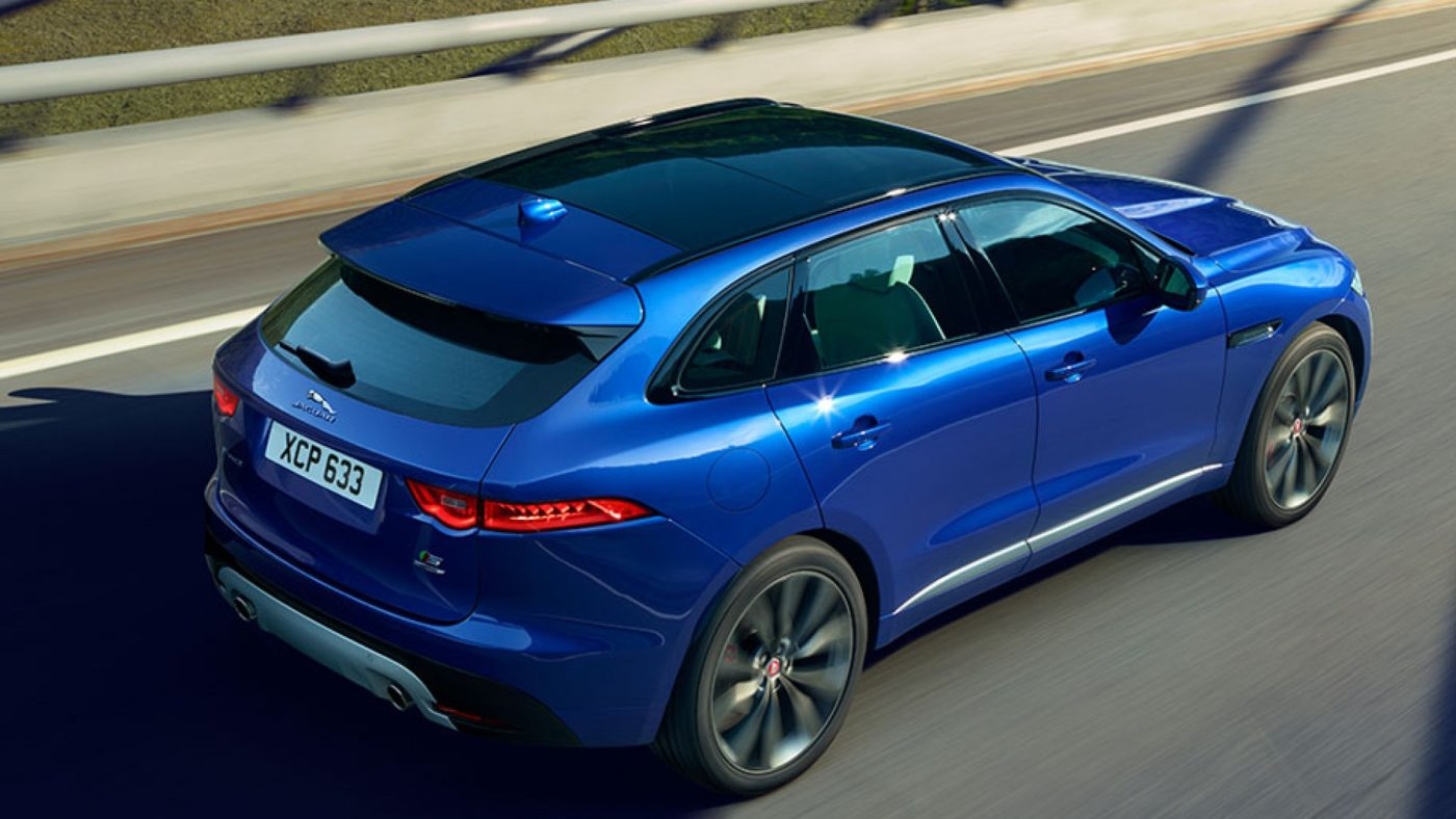 jaguar f pace svr apresenta se com v8 e mais de 500 cv. Black Bedroom Furniture Sets. Home Design Ideas
