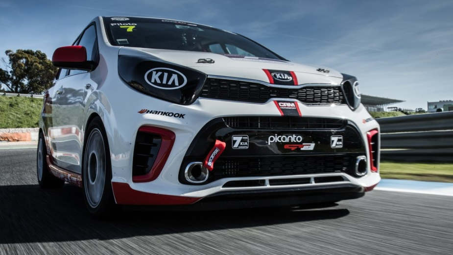Circuito Kia 2018 : Conduzimos o kia picanto gt cup a fundo no estoril