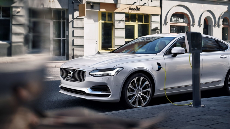 Volvo S90 T8 Plug-In Hybrid 2018