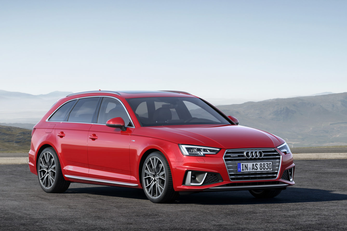 Audi A4 Avant S line competition Restyling 2018