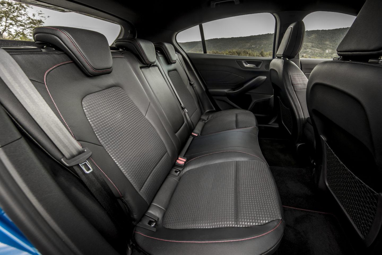 Interior do novo Ford Focus (ST Line).