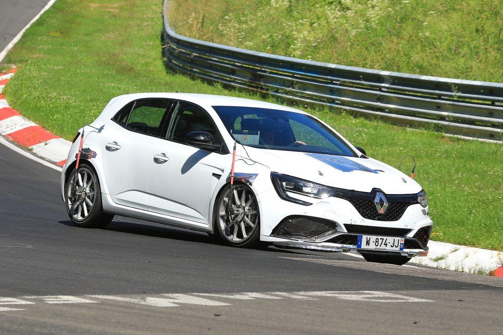 Renault Mégane RS Trophy testes