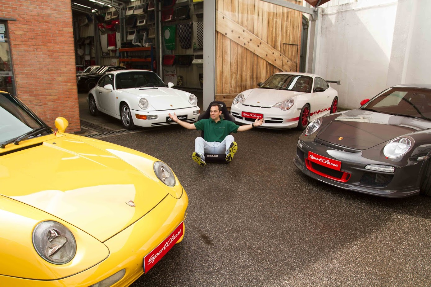 rennsport, guilherme costa no meio dos 911 RS