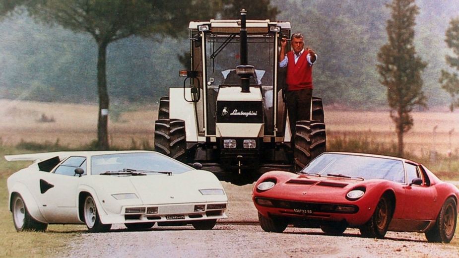 Ferruccio Lamborghini, com trator, Countach e Miura