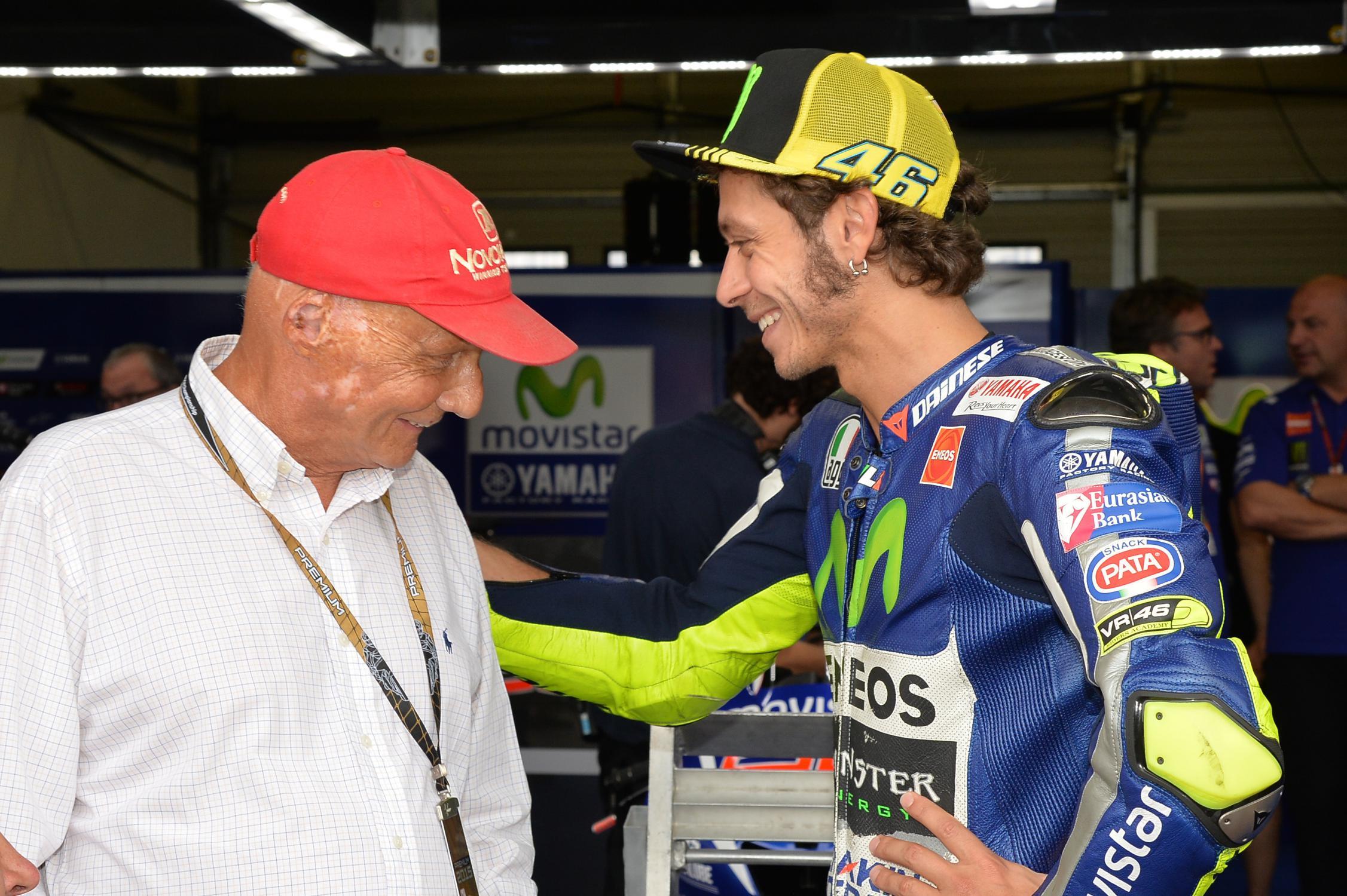 Niki Lauda com Valentino Rossi
