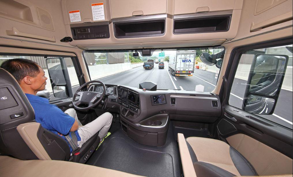 Hyundai Xcient Condução Autónoma 2018