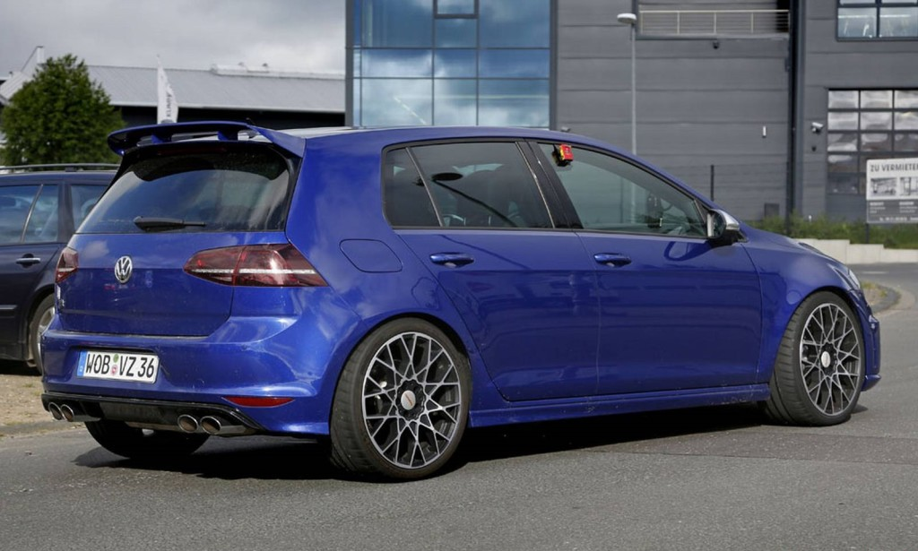 Volkswagen Golf R420
