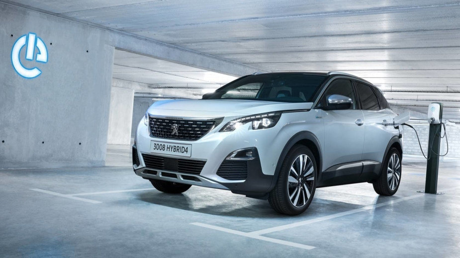Peugeot 3008 HYBRID4 2018