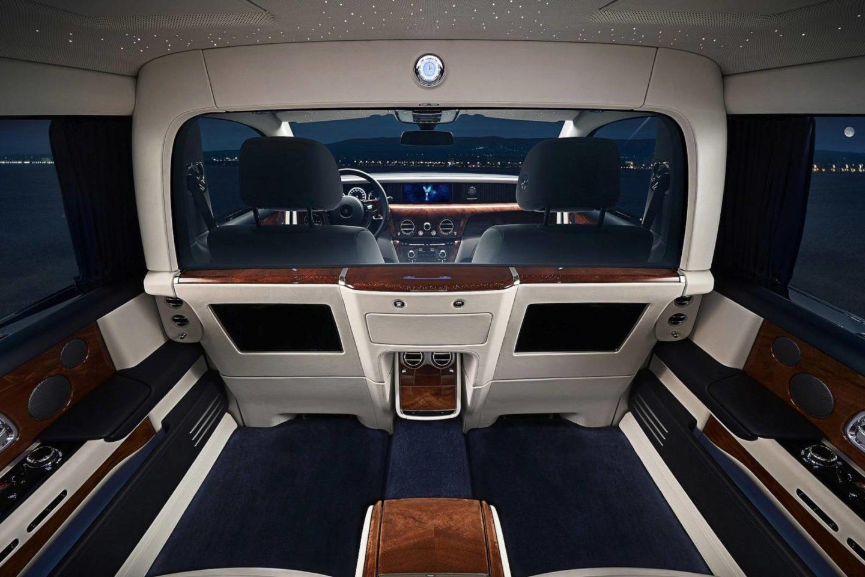 Rolls-Royce Phantom EWB Private Suite 2018