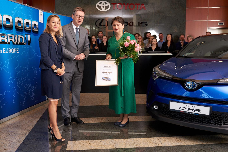 Toyota C-HR 2000000 2018