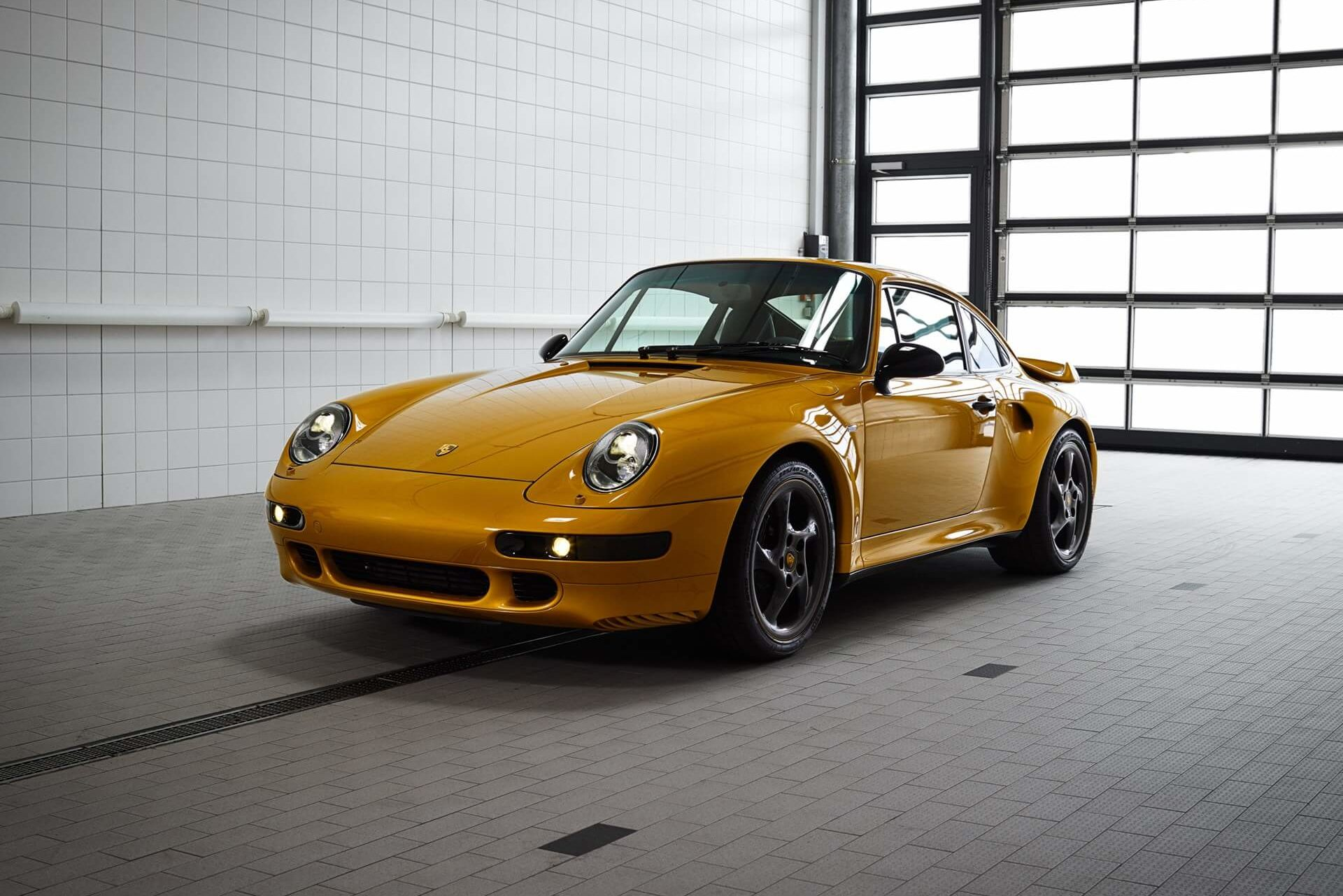 2018 Porsche 911 Turbo Project Gold