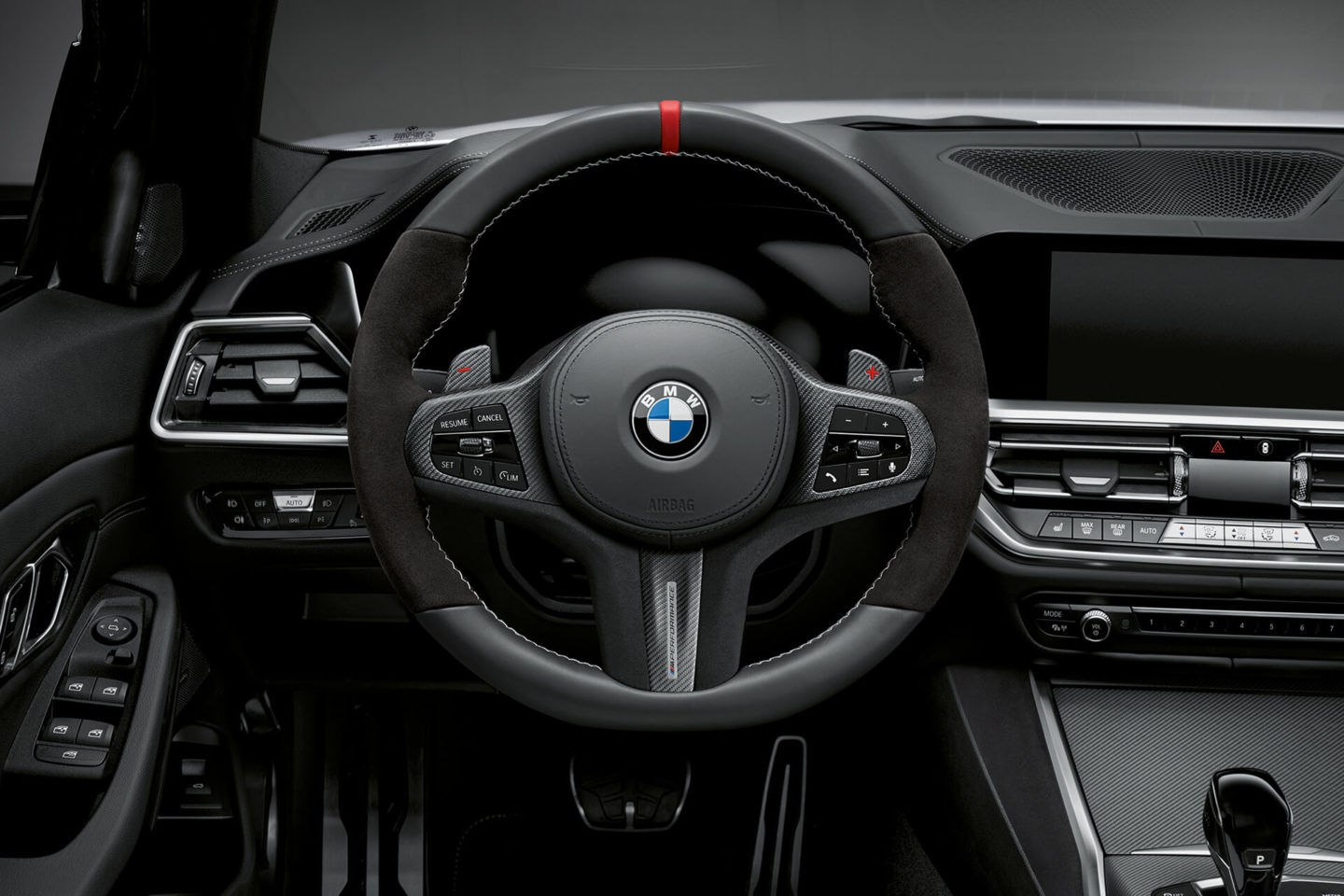 bmw s rie 3 apimentado com pack m performance. Black Bedroom Furniture Sets. Home Design Ideas