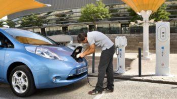 Nissan Leaf, Posto de carregamento