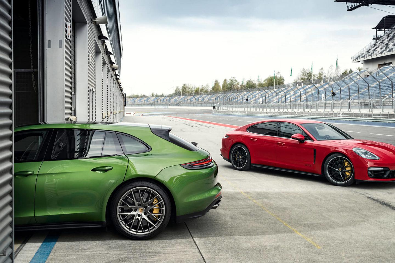 Porsche Panamera GTS Sport Turismo e Porsche Panamera GTS