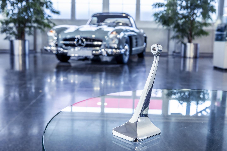 Base do espelho interior Mercedes-Benz 300SLBase do espelho interior Mercedes-Benz 300SL